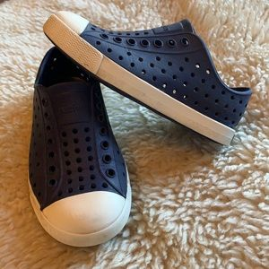 Native Navy Water Shoes little kids size 10